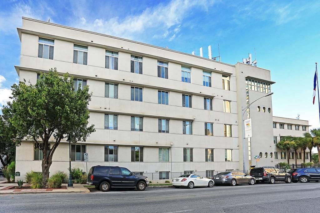 Avenue Lofts at 410  E 5th St, Austin, TX 78701