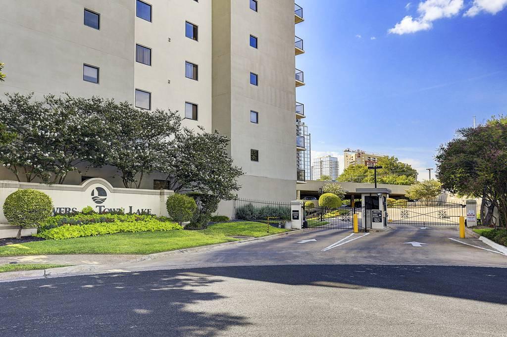 Towers of Town Lake at 40  North I-35, Austin, TX 78701