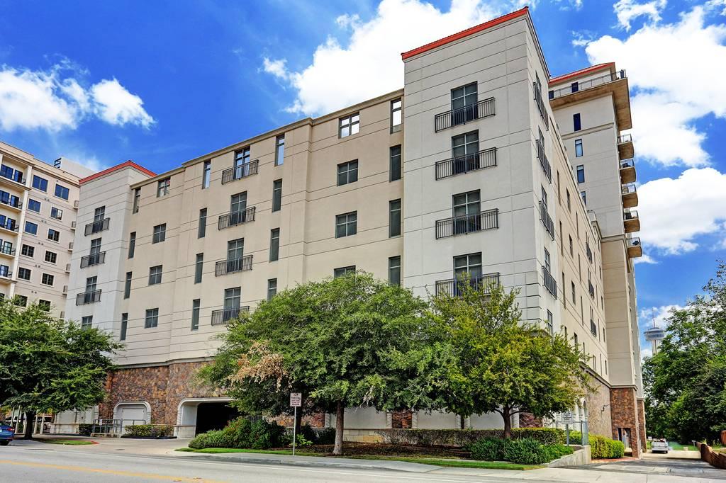 La Cascada Condominiums at 230  Dwyer Ave, San Antonio, TX 78204