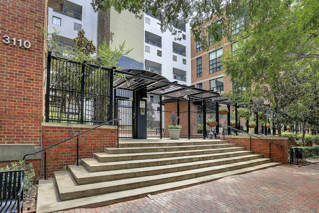 588 Lofts at 3110  Thomas Ave, Dallas, TX 75204