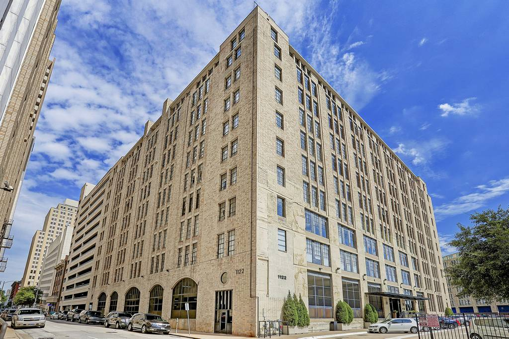 SoCo Urban Lofts at 1122  Jackson St, Dallas, TX 75202