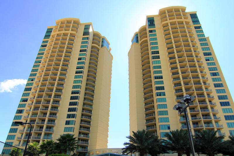 Palisade Palms at 801 E Beach Dr, Galveston, TX 77550