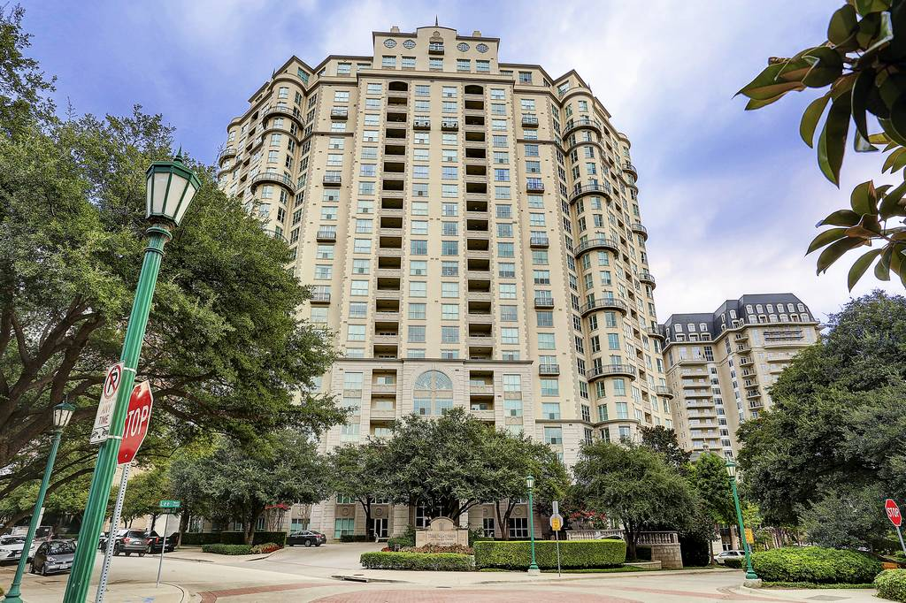 The Mayfair at 3401  Lee Pkwy, Dallas, TX 75219