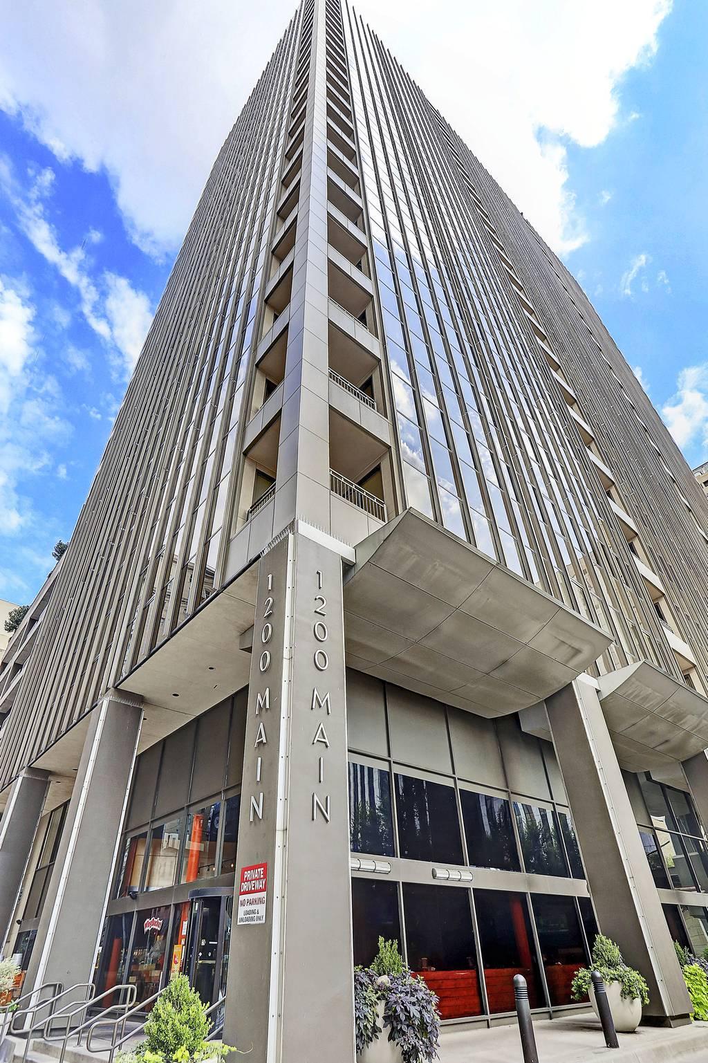 The Metropolitan Condos at 1200  Main St, Dallas, TX 75202