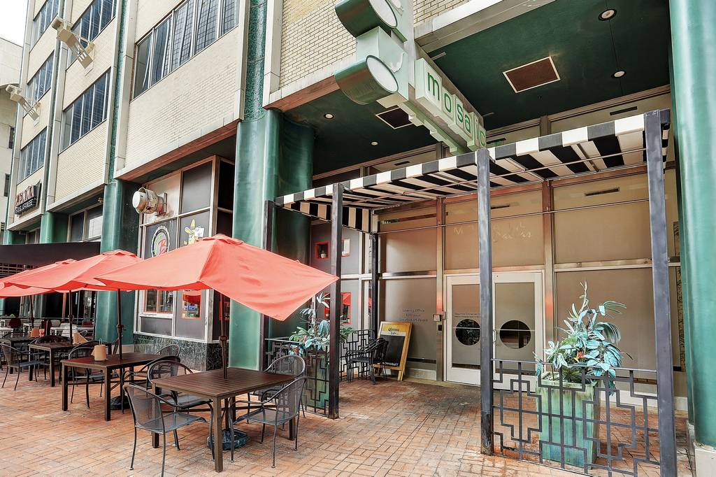 The Mosaic Apartments at 300  N Akard St, Dallas, TX 75201