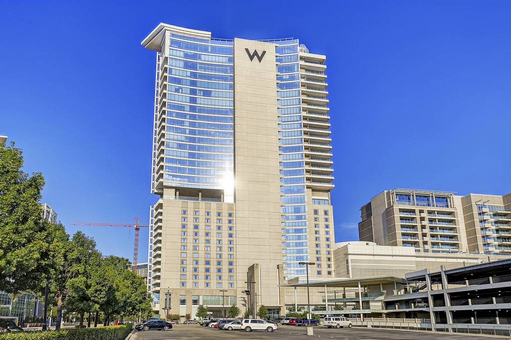 W Dallas Residences at 2408  & 2430 Victory Park Ln, Dallas, TX 75219