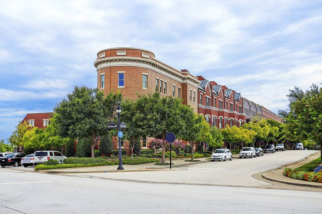 The Garden District at Southlake Town Square at Main  St & Central Ave, Southlake, TX 76092