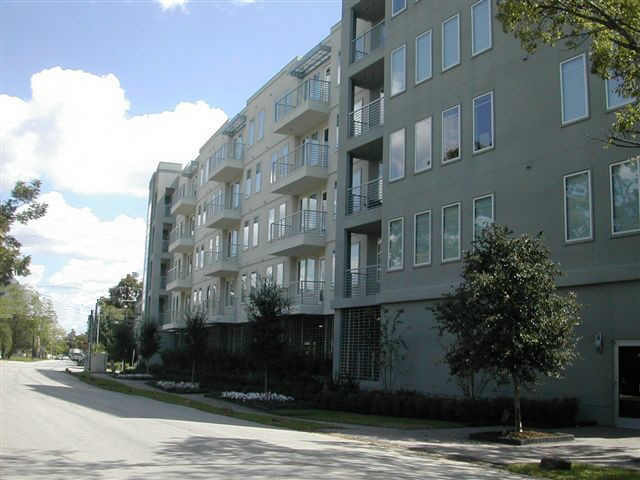 Jackson Place Condominiums at 505 Jackson Hill, Houston, TX 77007