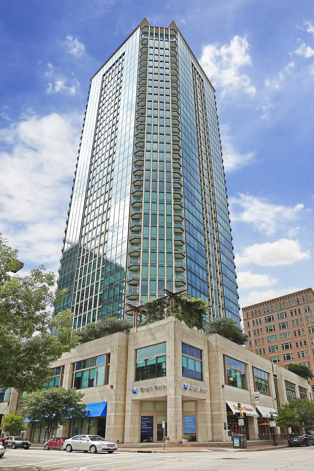 The Tower Condominiums at 500  Throckmorton St, Fort Worth, TX 76102