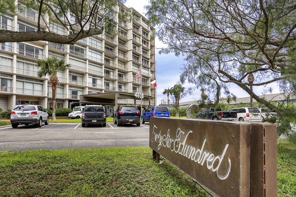 Forty-Six Hundred Condominium at 4600  Ocean Dr, Corpus Christi, TX 78412