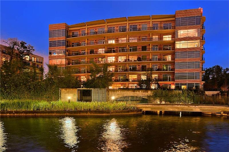 Two Waterway Lofts at 3 Waterway Ct, The Woodlands, TX 77380