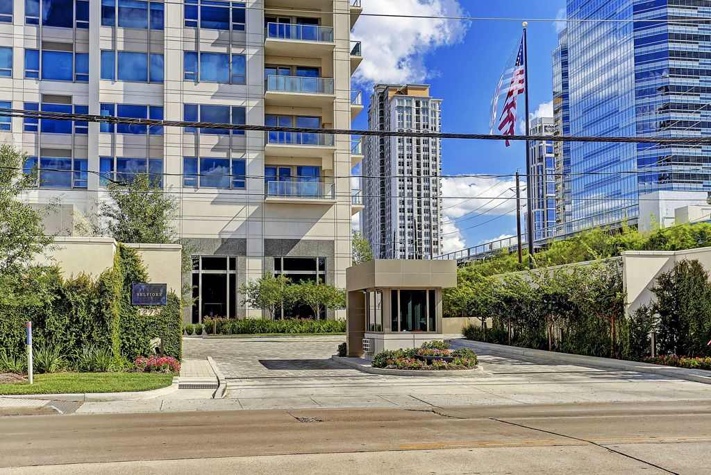 The Belfiore at 1275 Post Oak Lane, Houston, TX 77056