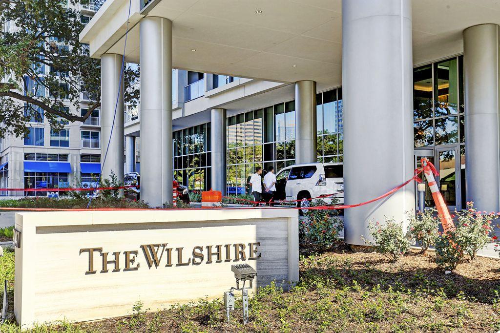The Wilshire at 2049 Westcreek, Houston, TX 77027