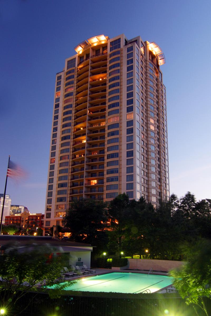 Villa D'este at 1000 Uptown Park Blvd, Houston, TX 77056
