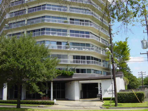 5050 WOODWAY at 5050 Woodway, Houston, TX 77056