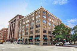 509 Elm Place Lofts