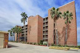 Catalina Condominium