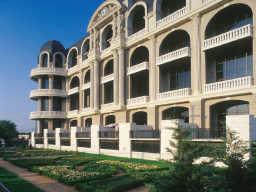 Renoir Lofts
